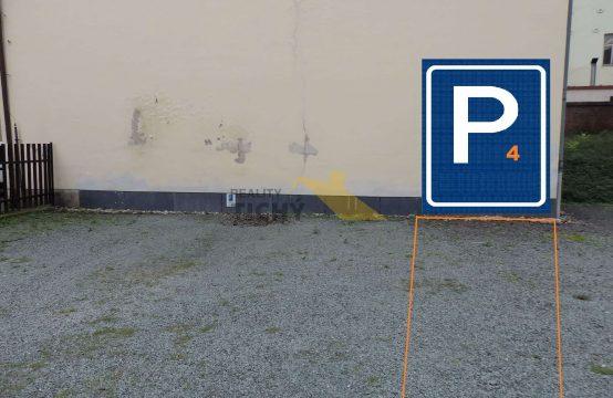 Pronájem parkovacího místa č. 4 v centru Náchoda