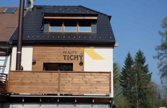 Prodej, velmi pěkný dům, vyhledávaná lokalita Hronov – REZERVACE